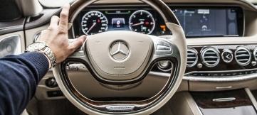 ЛДПР предлагает прикрепить полис ОСАГО к водителю, а не к ТС