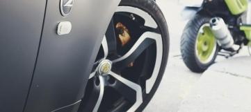 Президент Туркменистана показал мастерство гонщика-дрифтера